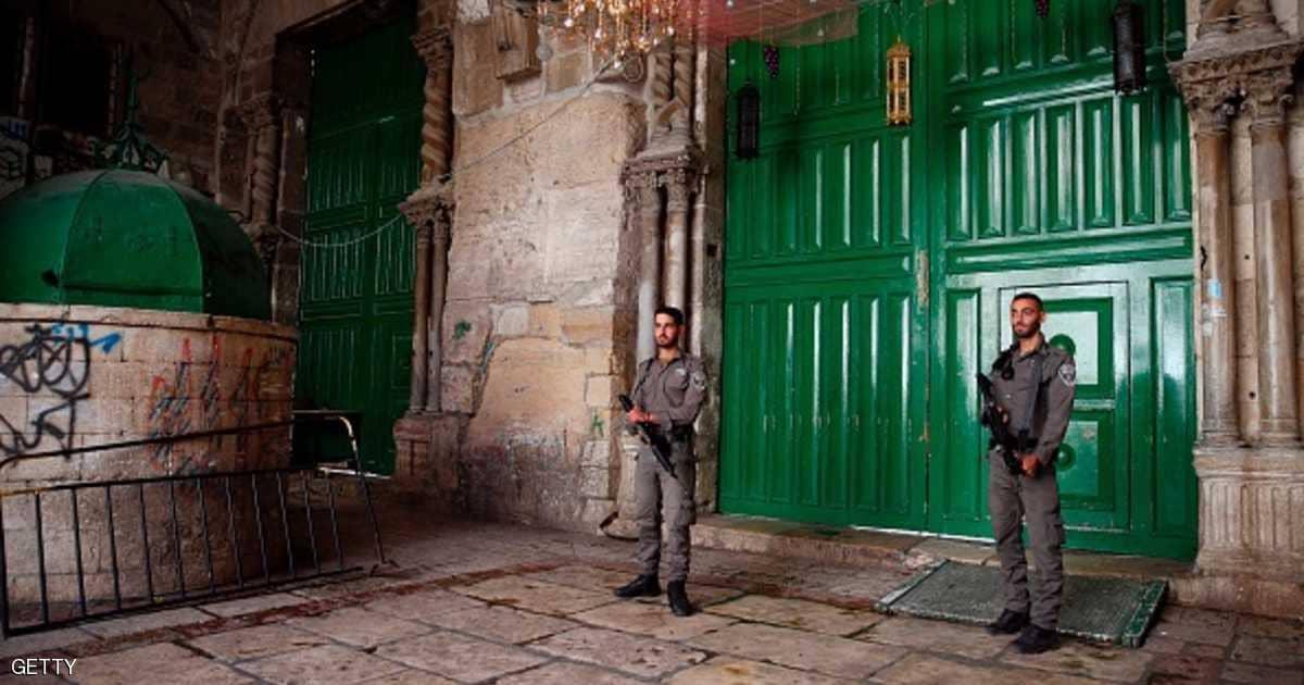 القوات الإسرائيلية تصادر مفاتيح المسجد الأقصى - وطنا نيوز